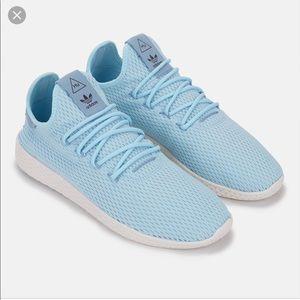 Pharrell Williams Tennis Shoes ❤️Make a Offer ❤️